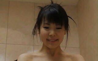 Honomi Sakura gets ravished hither the shower