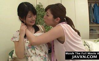 Lecherous Japanese lesbians crude sex video