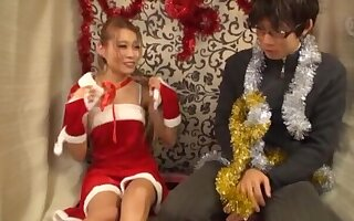 Small gut Japanese girl opens the brush legs to view with horror fingered by a from