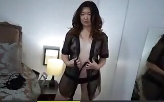 Korean MILF not shy to show her pair of boobs