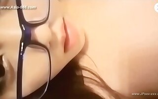chinese teens live chat with mobile phone.18