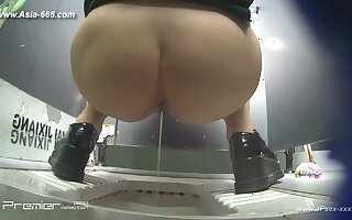 peeping chinese university toilet.10