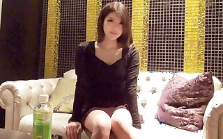 First people 389 Miyasaka Ran 20-year-old student
