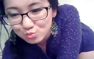 Cute petite Asian model wants to show her perky little ass