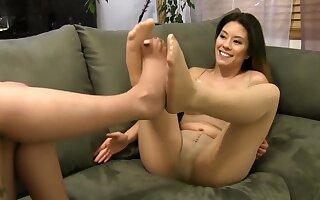 Pantyhose - Foot Play With Mercy West Nikko Jordan